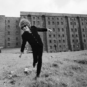 Bob Dylan in Liverpool, May 1966. Copyright Estate of Barry Feinstein